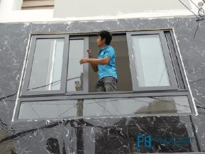 Mẫu cửa sổ nhôm lùa 4 cánh lắp đặt tại công trình nhà phố đường Xô Viết Nghệ Tĩnh, TpHCM.