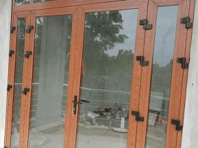 Nhôm Xingfa hệ 55 ưu tiên lắp đặt cho các hệ cửa đi, cửa sổ mở quay, mở hất.