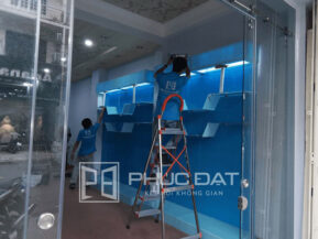 Mẫu cửa kính lùa ray inox phi 25 lắp đặt tại Quận Tân Bình, TpHCM.