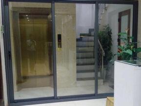 Nhôm Xingfa hệ 93 ưu tiên lắp đặt cho cửa lùa.