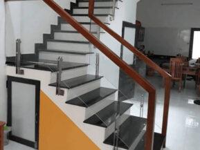Tổng hợp 99+ mẫu cầu thang kính đẹp giá rẻ - Ưu đãi lắp đặt 2021