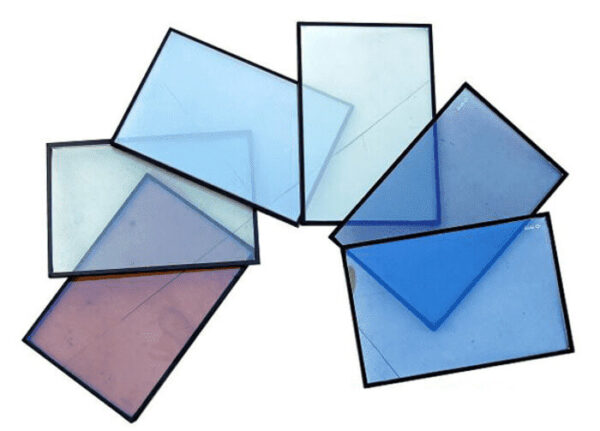 Kính phản quang có nhiều màu sắc dễ dàng cho khách hàng lựa chọn