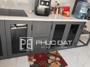 Thiết kế tủ đơn giản và tính tế.