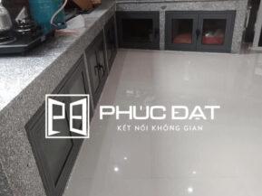 Công trình khách hàng chỉ sử dụng cánh tủ cho tủ bếp xây sẵn.