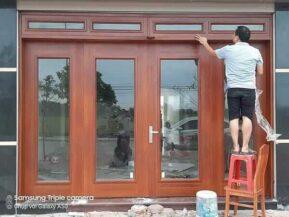 Top 18+ mẫu cửa gỗ kính 4 cánh đẹp thiết kế xu hướng 2021 (Giá Tốt)