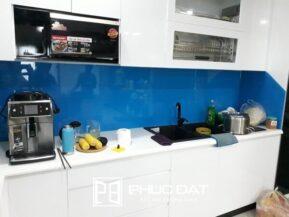 39+ Mẫu kính ốp bếp màu xanh non, xanh ngọc, xanh dương đẹp giá rẻ