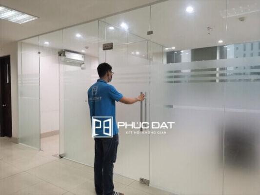 Công trình vách kính văn phòng tại số 79 Nguyễn Đình Chiểu, Quận 3, TPHCM